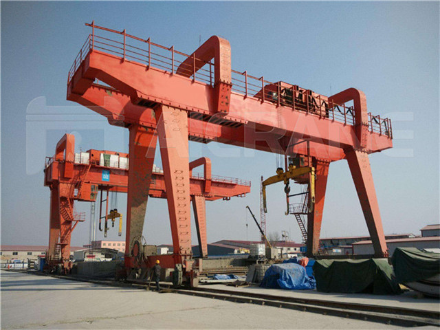 Double-girder gantry loading capacity of 30 tons for sale