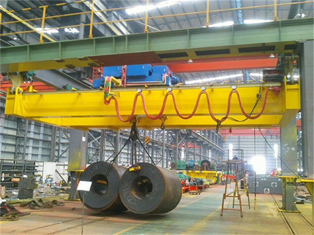 The quality of bridge cranes is 30 tons high